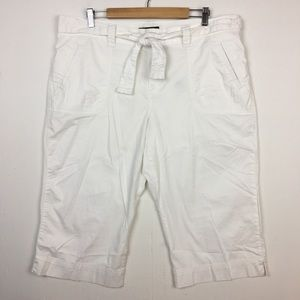 Eddie Bauer Cotton Stretch White Capris 18 Tall